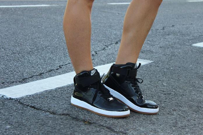 nike sportswear isabel del barrio sudaconestilo moda deportiva sporty style nike women sneakers