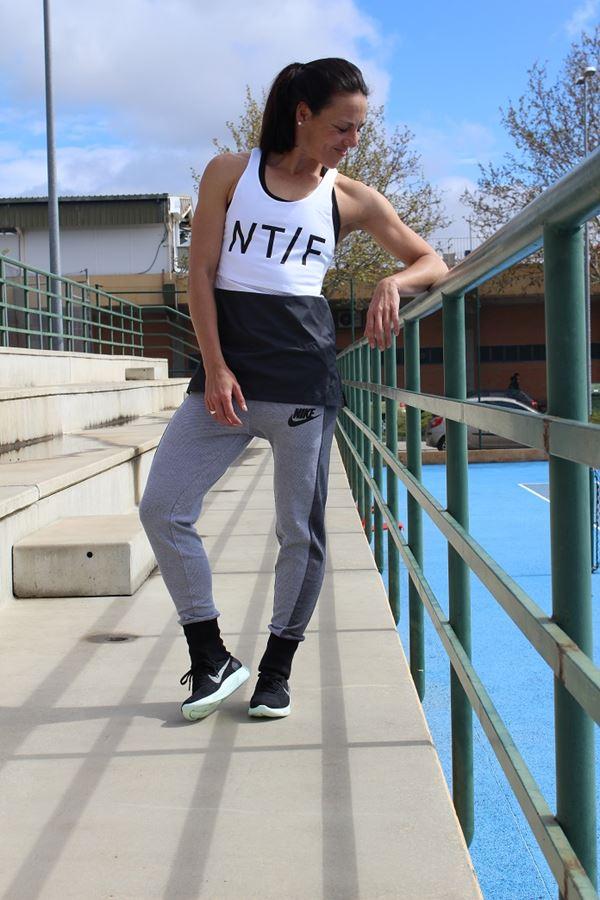 look nike sportswear