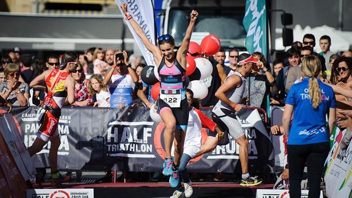 half triatlon pamplona triathlon isabel del barrio claveria de mostoles campeonato españa triatlon media distancia deporte diario de navarra