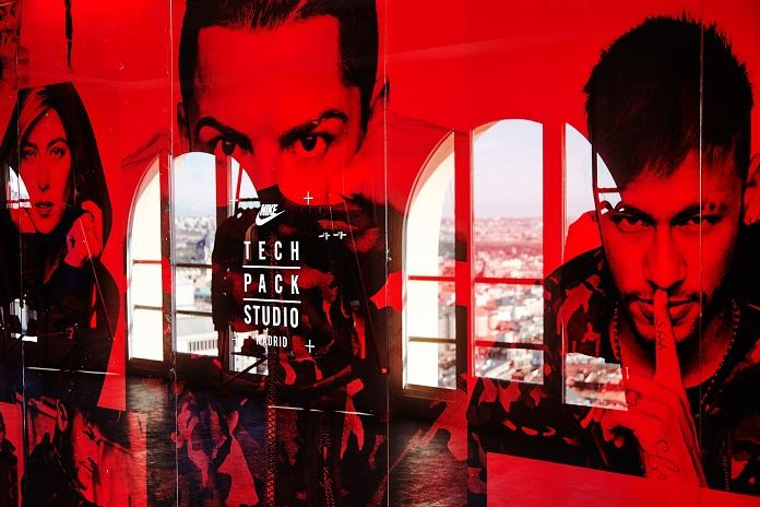 Nike Tech Pack Studio (1)