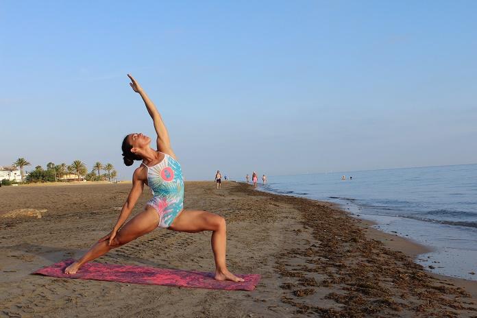 vacaciones de verano entrenamientos entrenar en verano los basicos del verano yoga life onmytrainingshoes isabel del barrio