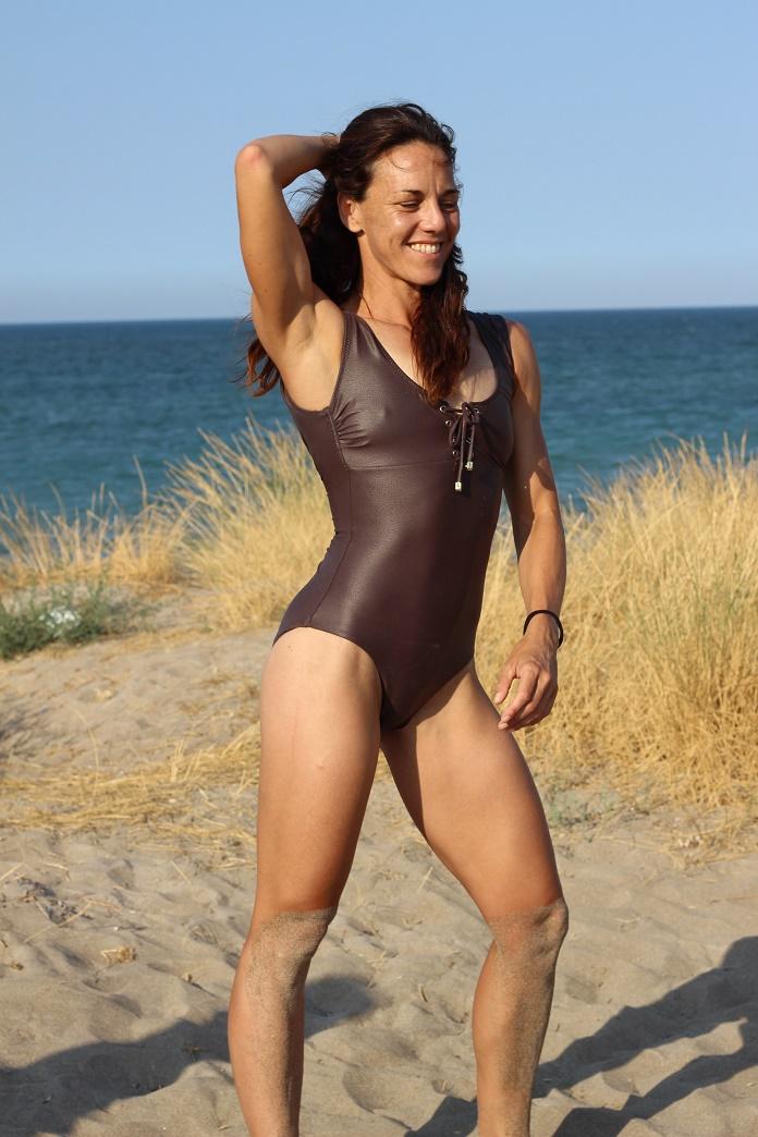 vacaciones de verano agosto playa summmer swim isabel del barrio basicos del verano