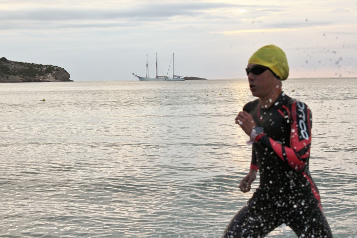 ibiza triatlon larga distancia campeonato de españa triatlon larga media distancia isabel del barrio onmytrainingshoes triatlon correr correr es algo mas triatlon claveria orca predator