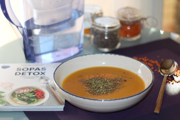 Limpia y nutre tu cuerpo con sopas detox agua filtrada brita nutricion saludable dieta post navidad comer sano cremas detox adelgazar
