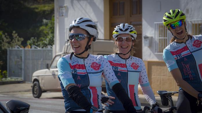 campus tri like a woman triatlon y mujer campus de triatlon femenino ciclismo femenino deporte y mujer isabel del barrio hotel cap negret onmytrainingshoes